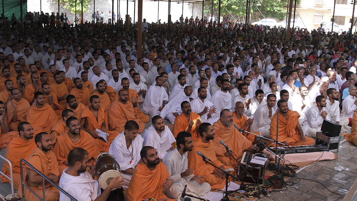 Sadhus sing kirtans during the celebration