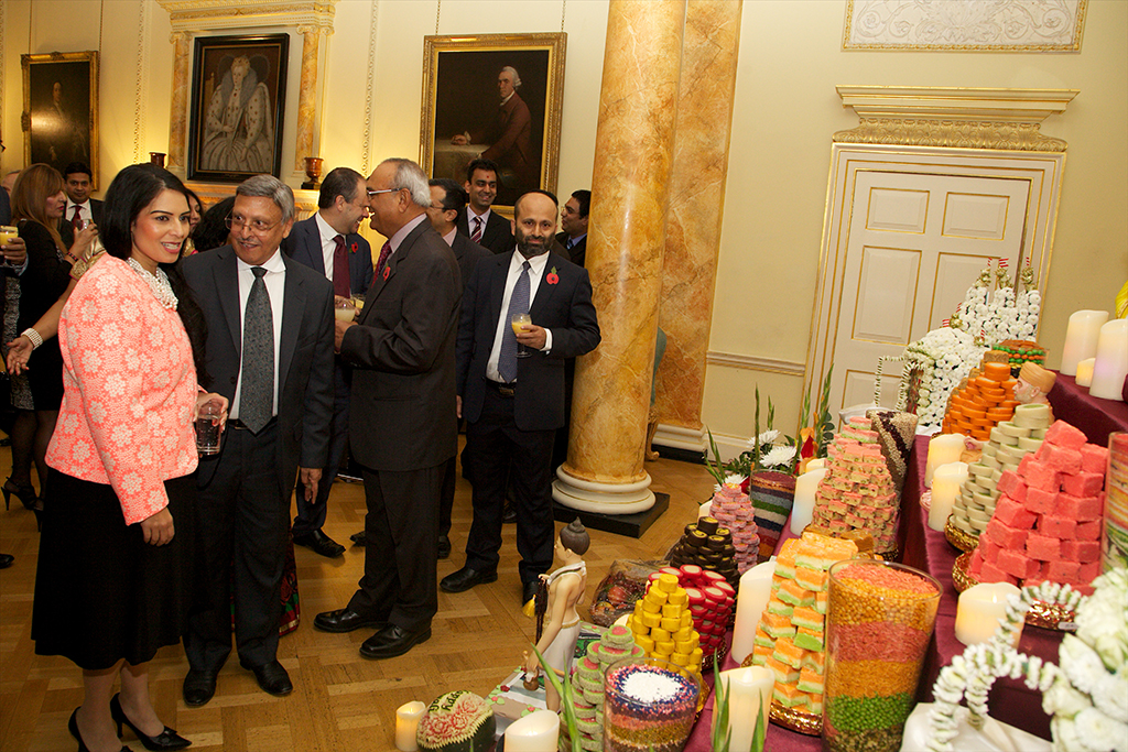 British prime minister hosts diwali at 10 downing street for Annakut decoration ideas