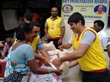 Flood Relief Work by BAPS in ECR, Mahablipuram, Krishnan Karnai and Periyanemely (Kannima Nagar) villages, 5 December 2015