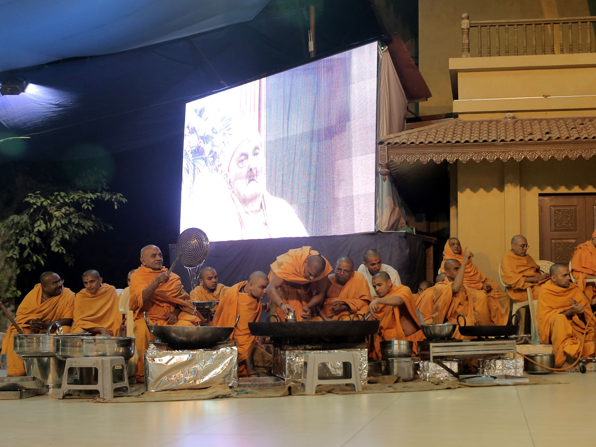 Presentation before Swamishri of items related to the kitchen of mandir