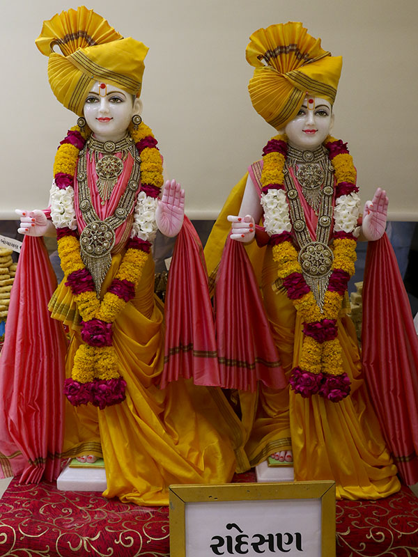 Murtis to be consecrated for Swaminarayan Vidyamandir, Randesan, India