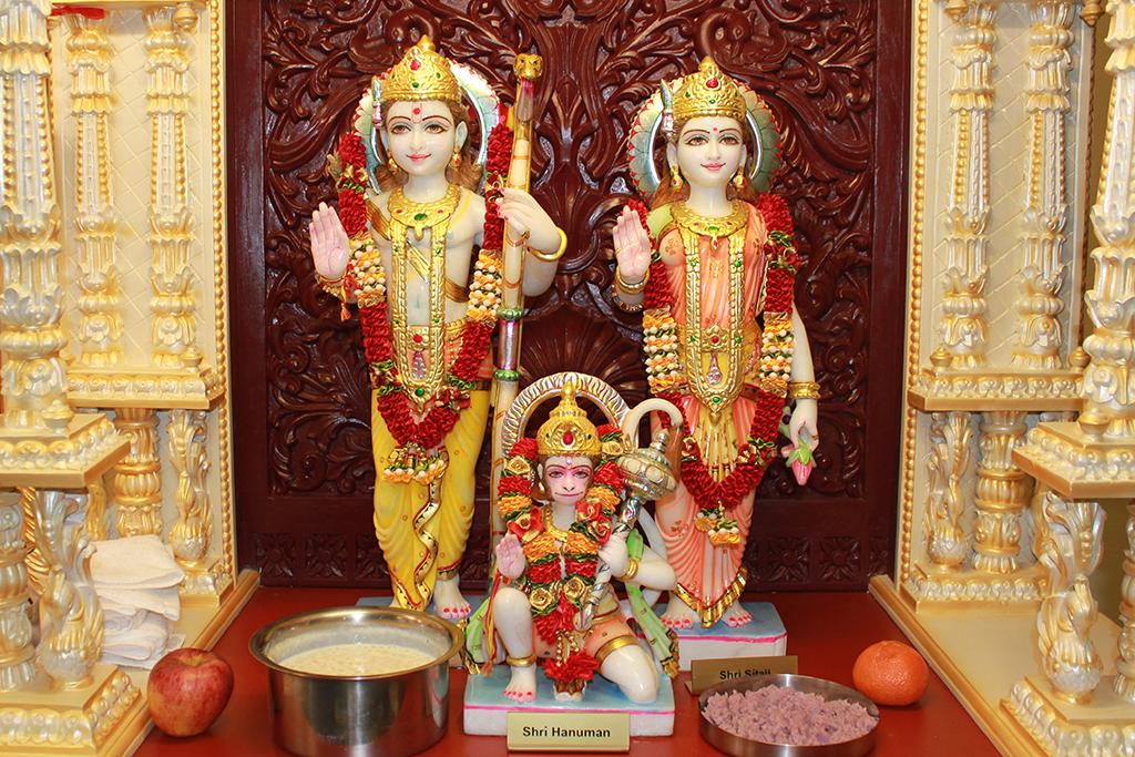 essay on ram navmi The hindu festival, ram navami, is celebrated to mark the birth  festival  paragraph on dussehra essay on dussehra festival: celebration,.