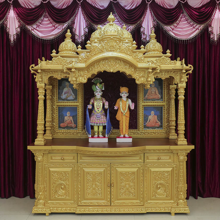 Murtis to be consecrated at BAPS Shri Swaminarayan Mandir, Anjesar, Dist. Vadodara, India