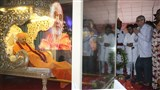 Dignitaries pay Tributes to Pramukh Swami Maharaj
