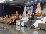 Maulana Saheb addresses the tribute assembly in honor of HH Pramukh Swami Maharaj, Mahuva