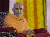 Param Pujya Mahant Swami during the celebration assembly