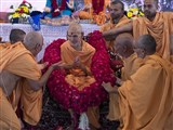 Sadhus honor Param Pujya Mahant Swami with garlands