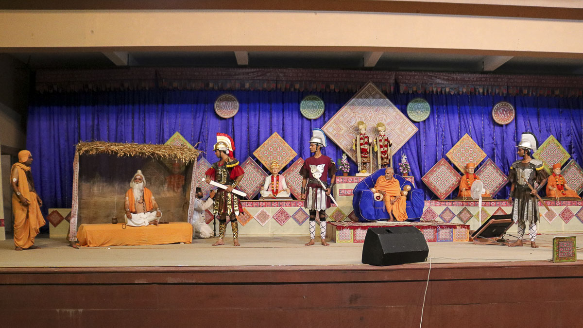 A skit presentation by youths in the evening satsang assembly, 10 Oct 2016