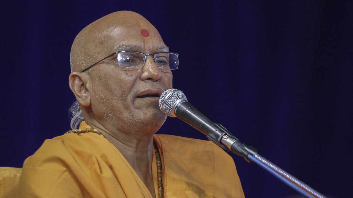 Yagneshwar Swami addresses the assembly, 16 Oct 2016