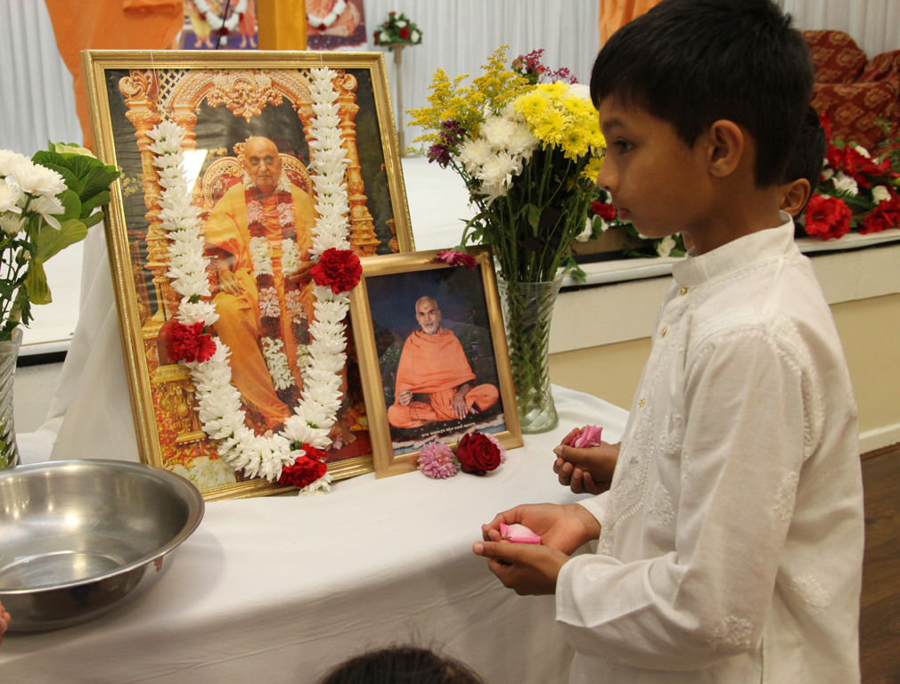 Tribute Assembly in Honour of HH Pramukh Swami Maharaj, Leeds, UK