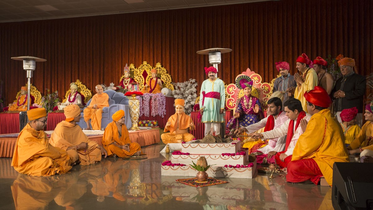 A skit presentation by devotees in the satsang assembly, 12 Jan 2017
