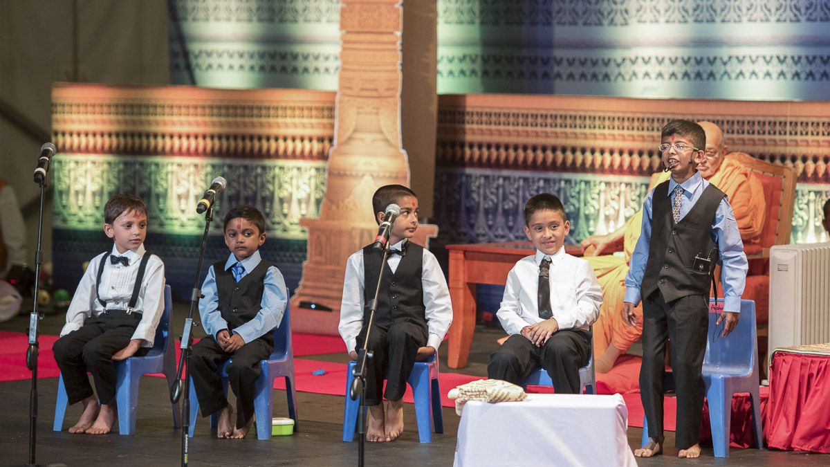 A presentation by children, 26 Mar 2017