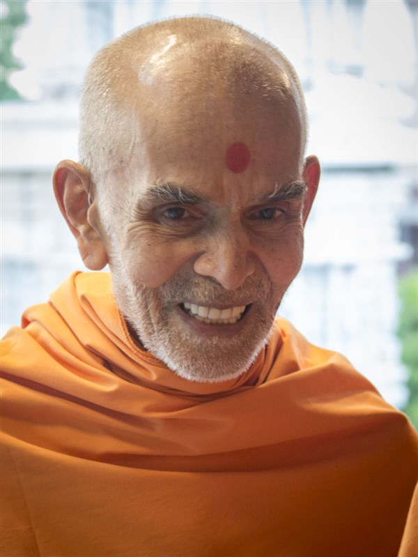 Swamishri in a divine, jovial mood, 19 May 2017