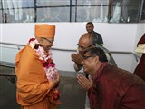 Pujya Tyagvallabh Swami arrives at Adelaide