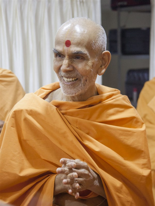 Swamishri in a divine, jovial mood, 22 May 2017