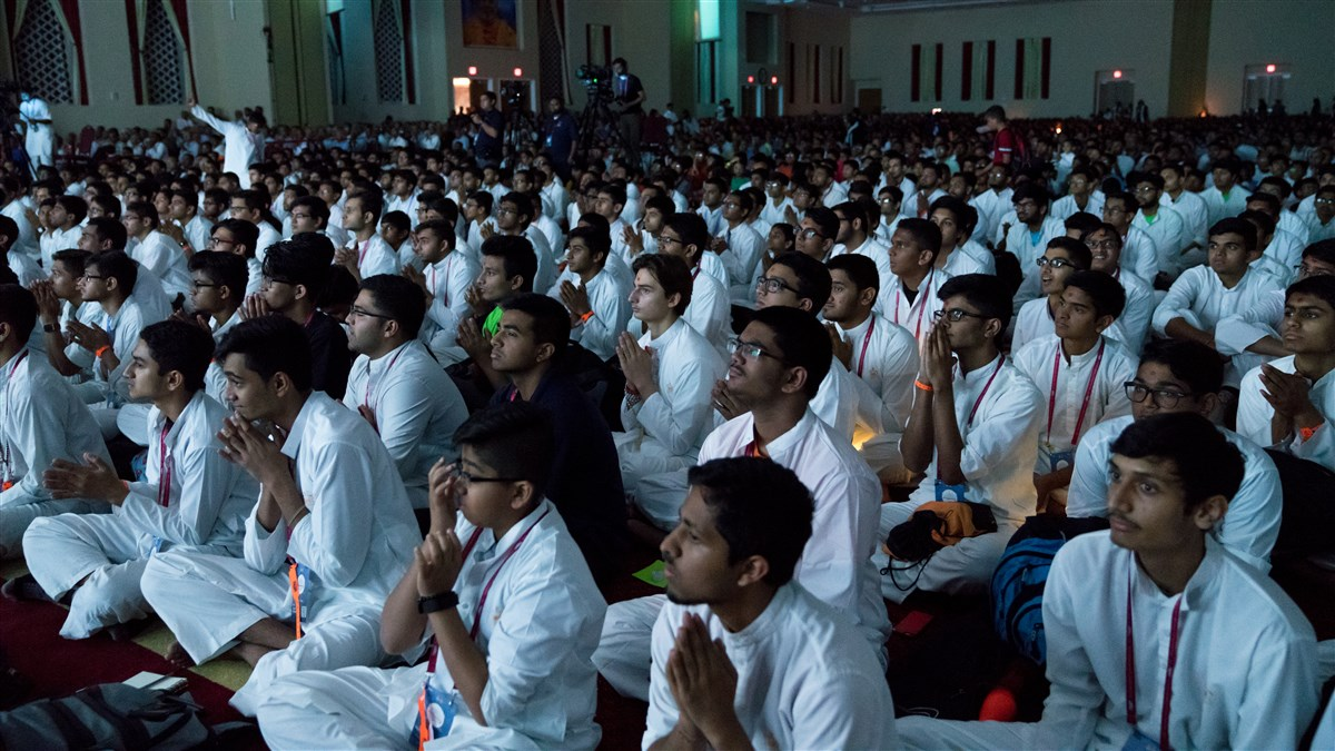 Youths engaged in the evening arti