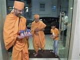 Pujya Tyagvallabh Swami arrives at Hong Kong
