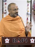 Munivatsal Swami addresses the satsang assembly