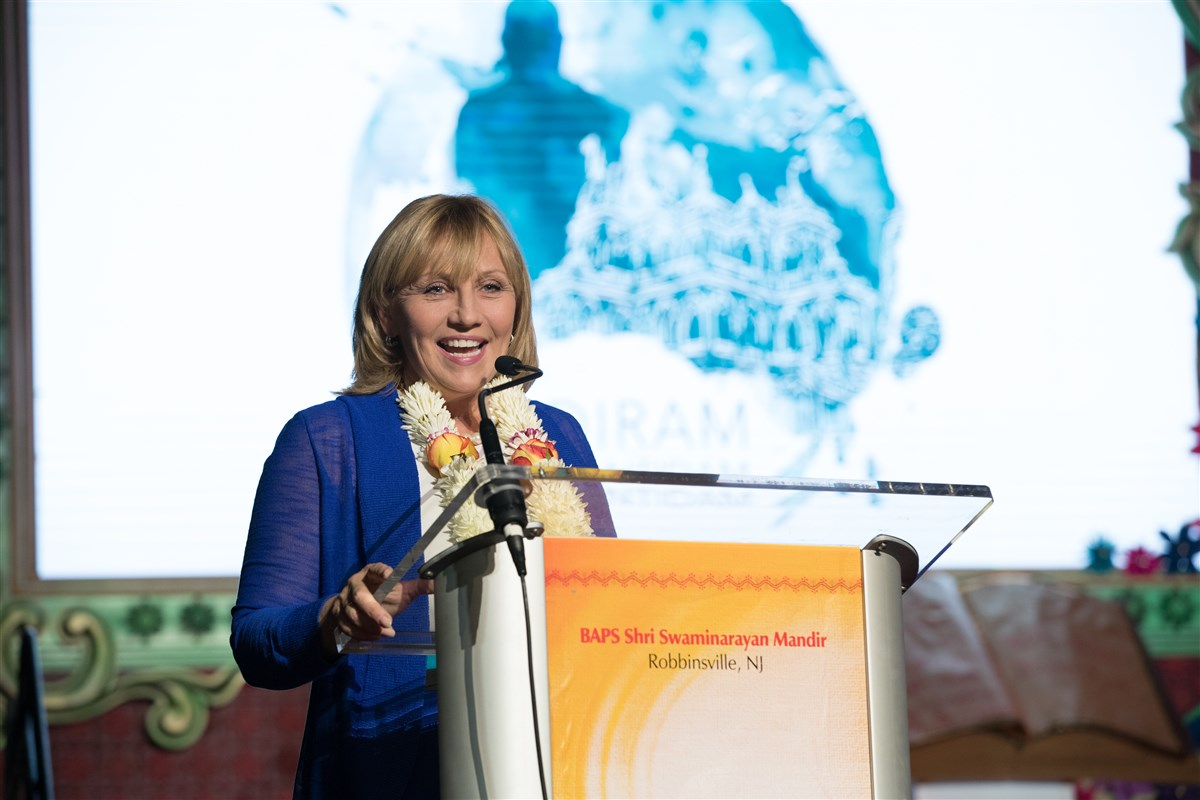 Lt. Governor Kim Guadagno of New Jersey addresses the assembly