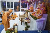 Swamishri performed the evening arti
