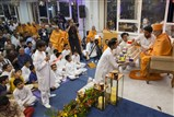 Balaks and kishores offered various creative prayers before Swamishri