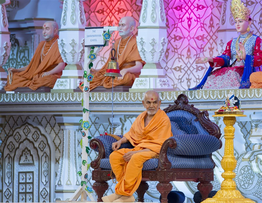 Pupils of all ages present an inspiring programme before Swamishri as part of 'The Swaminarayan School Day'