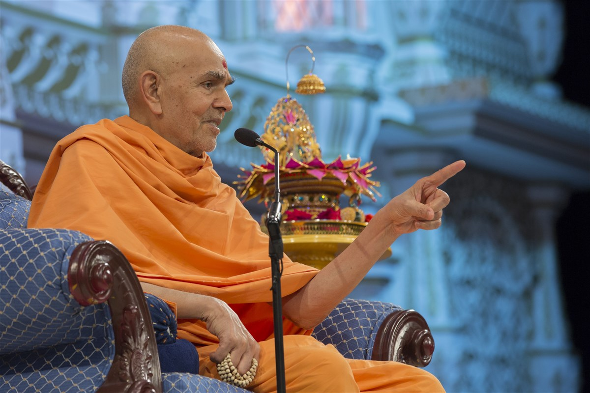 'We are forever indebted to Pramukh Swami Maharaj for all that he has done for us.' - Mahant Swami Maharaj