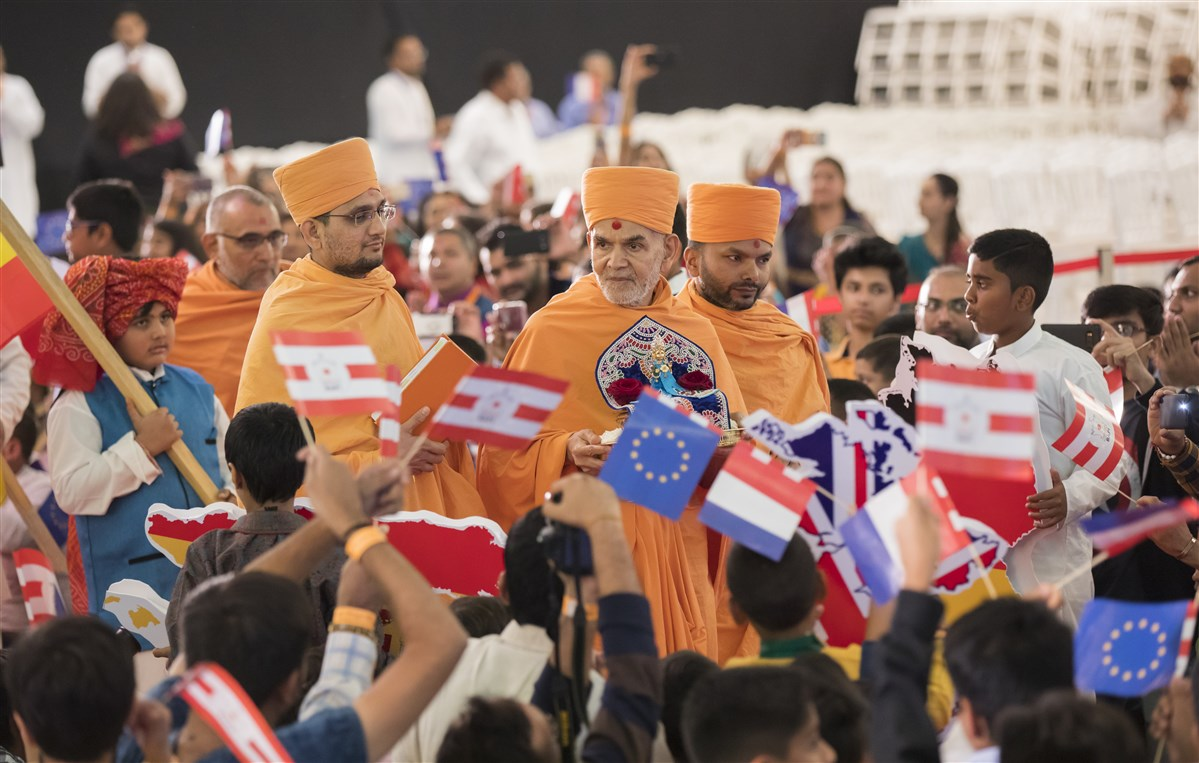 Devotees from several European countries and others from around the world have convened in Paris