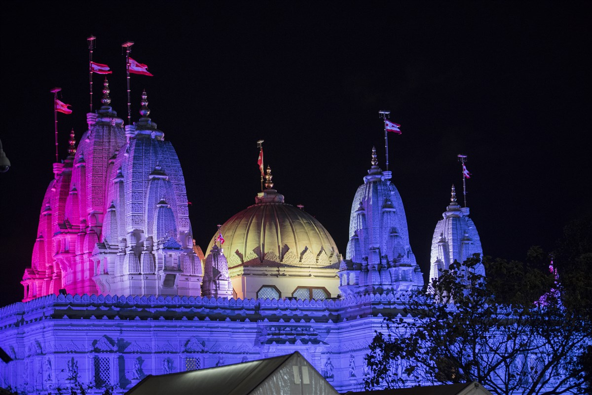 BAPS Shri Swaminarayan Mandir, London is lit in vivid colours...