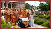 Swamishri in the mandir complex