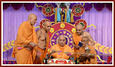 Swamishri inaugurates the new assembly hall by untying the nadachhadi