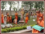 Volunteers demonstrate their services before Swamishri