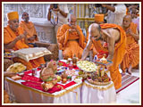 Swamishri engaged in mahapuja rituals