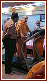 Swamishri starts his regular walk on treadmill