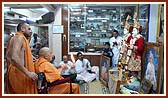 Swamishri performs murti-pratishtha rituals for BAPS mandir in Aashi