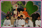 Worldwide Celebraion of Pramukh Swami Maharaj's 86 Birthday,Clifton -