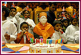 Worldwide Celebraion of Pramukh Swami Maharaj's 86 Birthday,Fresnor -