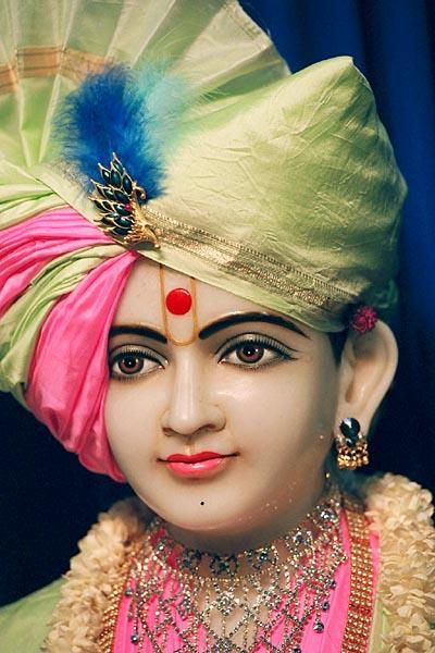 HH Pramukh Swami Maharaj's Vicharan, Ahmedabad, Traj ...