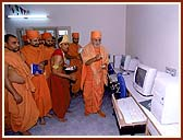 Inaugurates a Computer Center in the Mandir complex