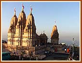 The magnificent Mandir looking out to the sea is a testimony to the ancient tradition of Indian architecture