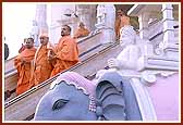 Descending the steps of Swaminarayan Mandir after having darshan of the Lord
