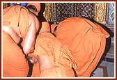 Prostrating before Lord Gopinathji