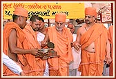 Performing the foundation stone laying ceremony of 'Pramukh Swami General Hospital'