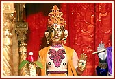 Lord Harikrishna Maharaj beautifully adorned in 'chandan'