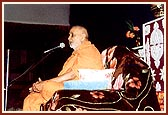 Swamishri addresses an assembly of tribals