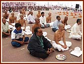 Diksha Mahotsava (Initiation of youths into holy saffron order), 15 Dec 99