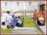 Youths of the Yuva Talim Kendra present a skit before Swamishri