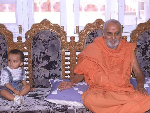 The honor of being with Swamishri, Madhapar