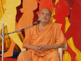 P. Ishwarcharan Swami addresses the Kishore Din assembly