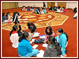The Swaminarayan Sampraday: 1781 Balikas engage in group discussions